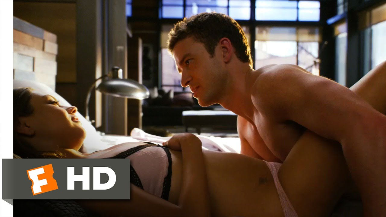 Friends with benefits scene