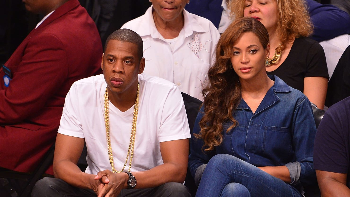 How many years are beyonce and jay z apart