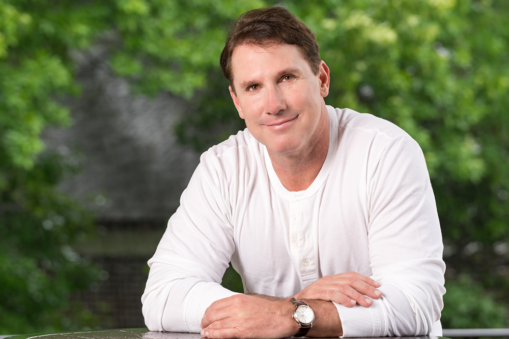 How old is nicholas sparks