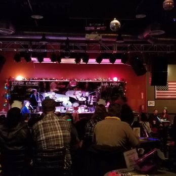 Sgt peppers dueling pianos long beach ca